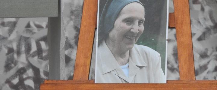 Rozloučení se sestrou Věrou